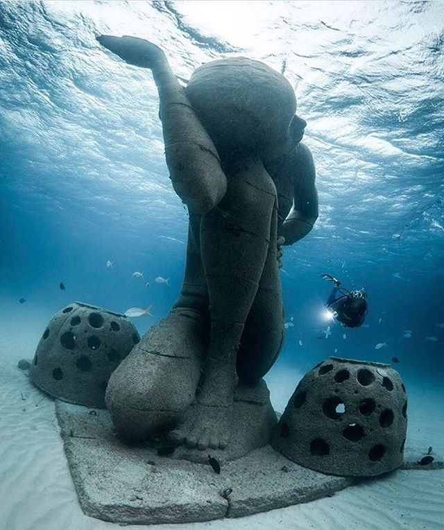Scuba diving, Sculture, Nassau Paradise Island, The Bahamas